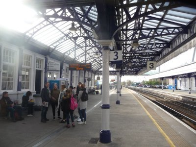 At the station to Edimburgh